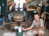 Vignerons amateurs : La vigne de Pontus a donné son premier jus /Le journal de Saône et Loire 18/9/2012
